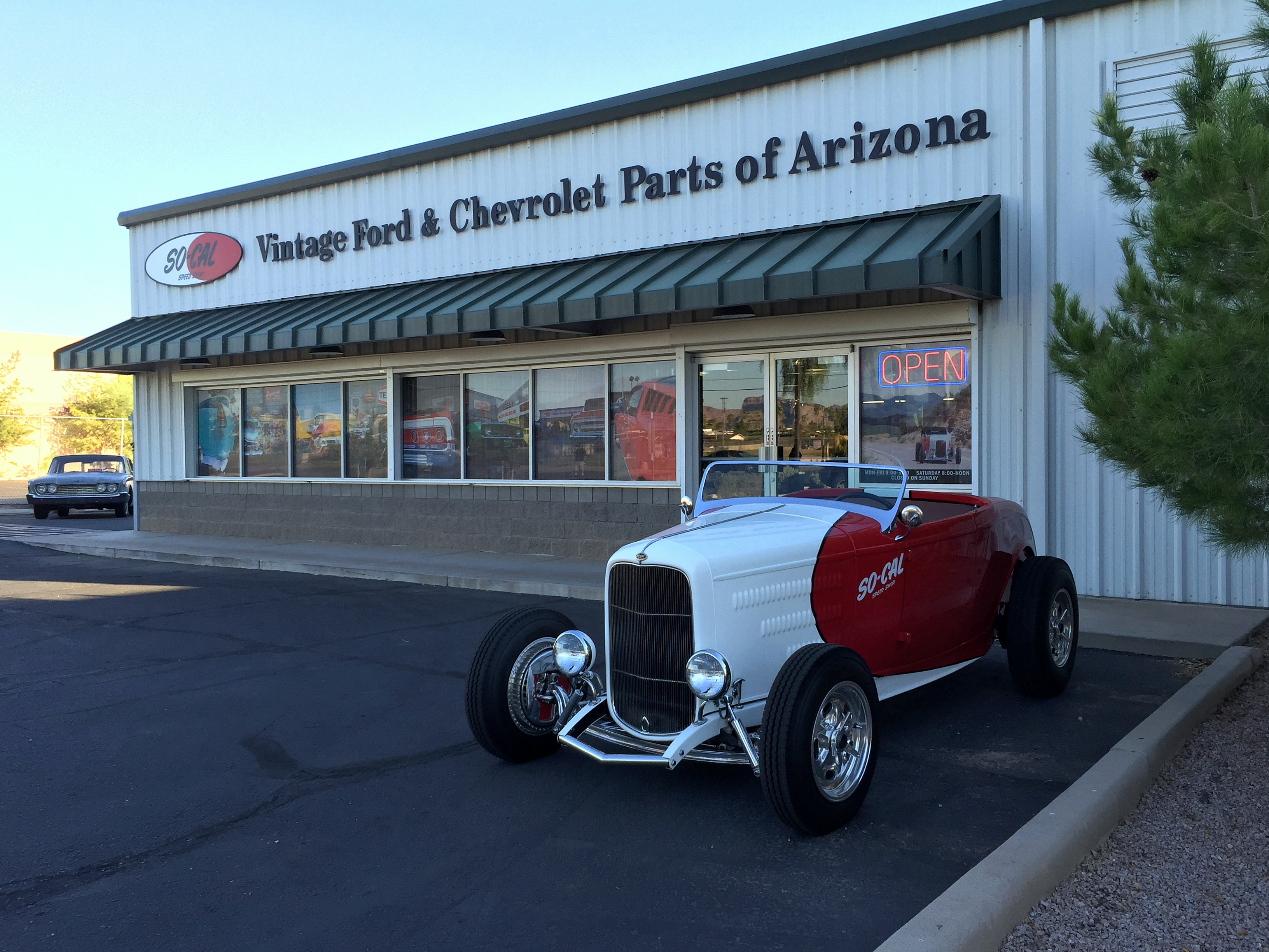 1-so-cal-speed-shop-arizona-outside-of-store-32-roadster-ford.jpg