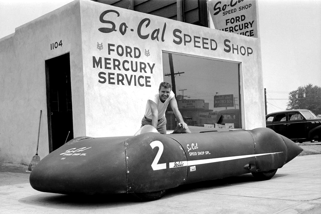 2-streamliner-alex-xydias-so-cal-speed-shop.jpg